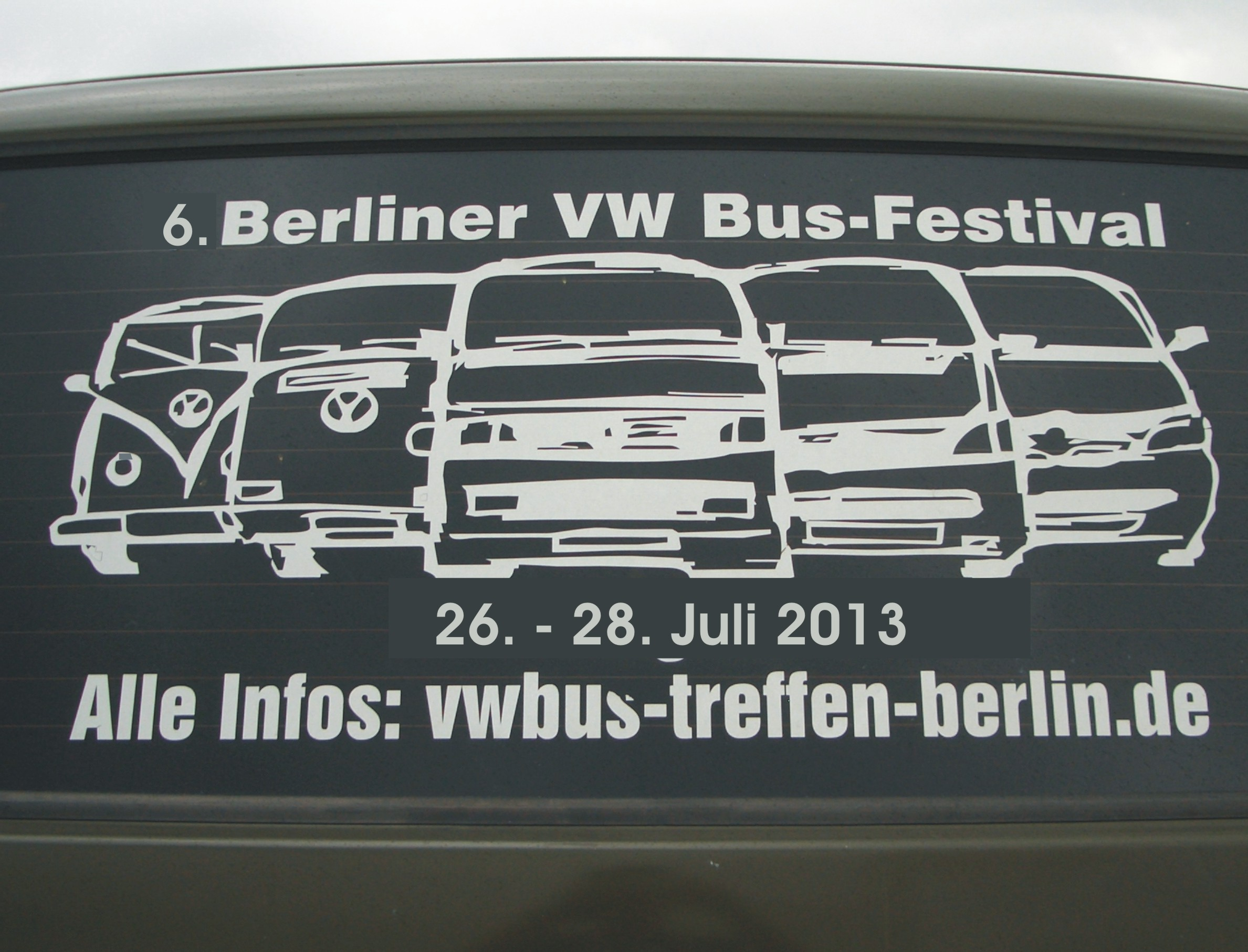 6th berlin vw bus festival to start this friday. Black Bedroom Furniture Sets. Home Design Ideas