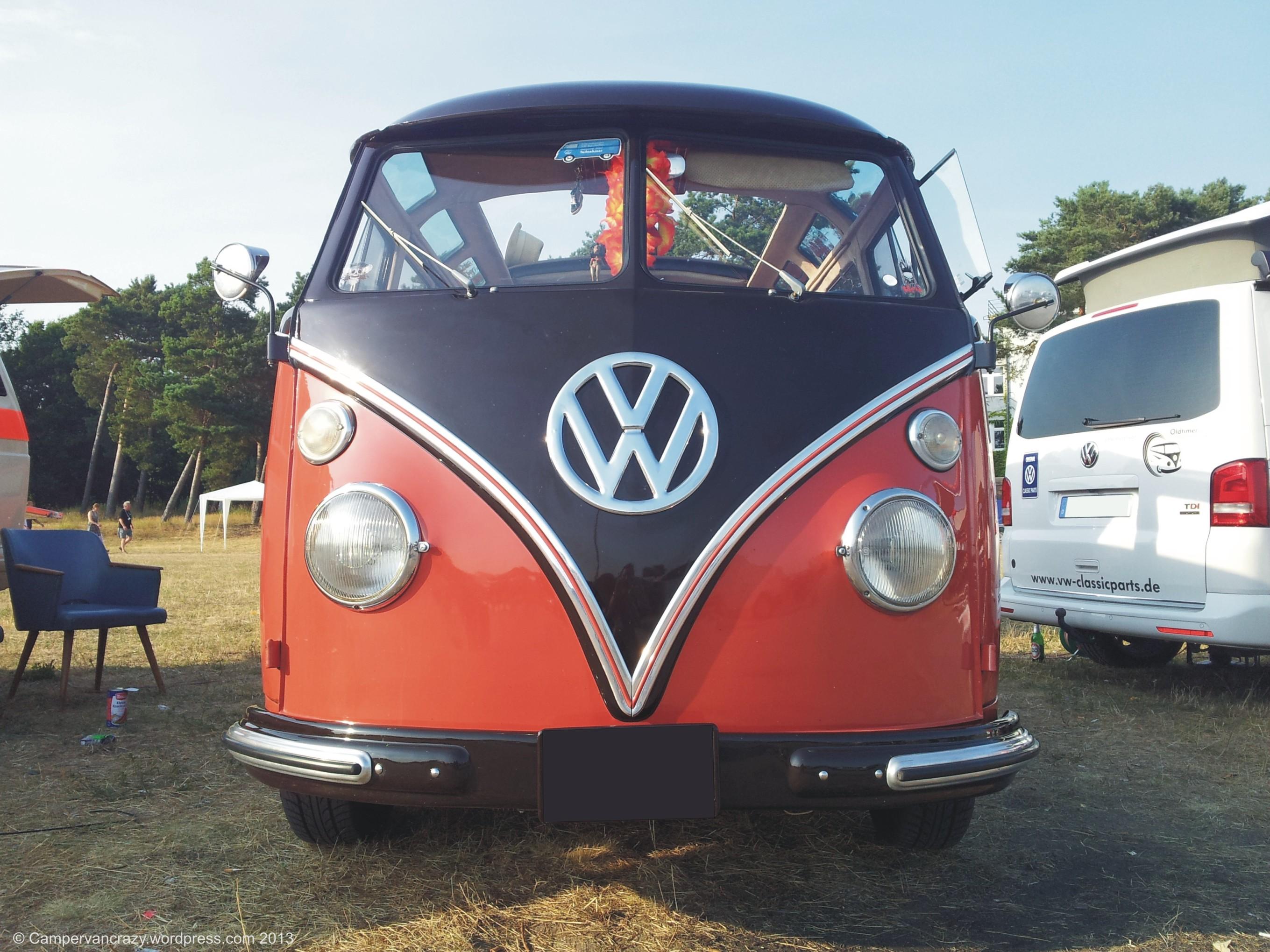 tag our crazy campervan splittie camper and the bus volkswagen dormobile by side