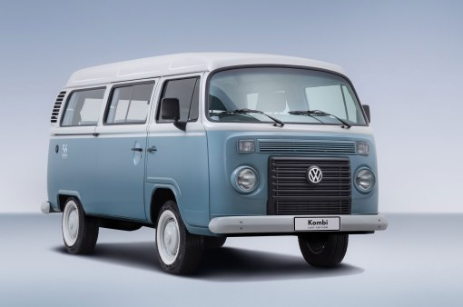 Volkswagen-Kombi-Last-Edition-Front-Quarter