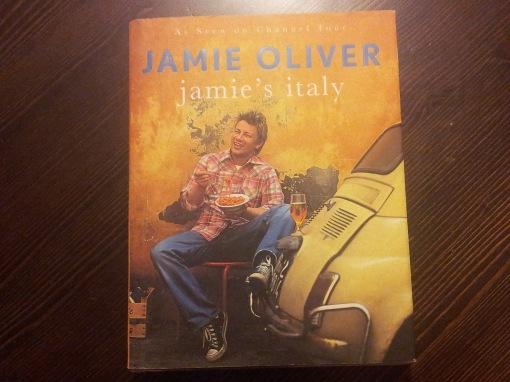 "Jamie Oliver's cook book ""Jamie's Italy"" (Pinguin Books, 2005)."