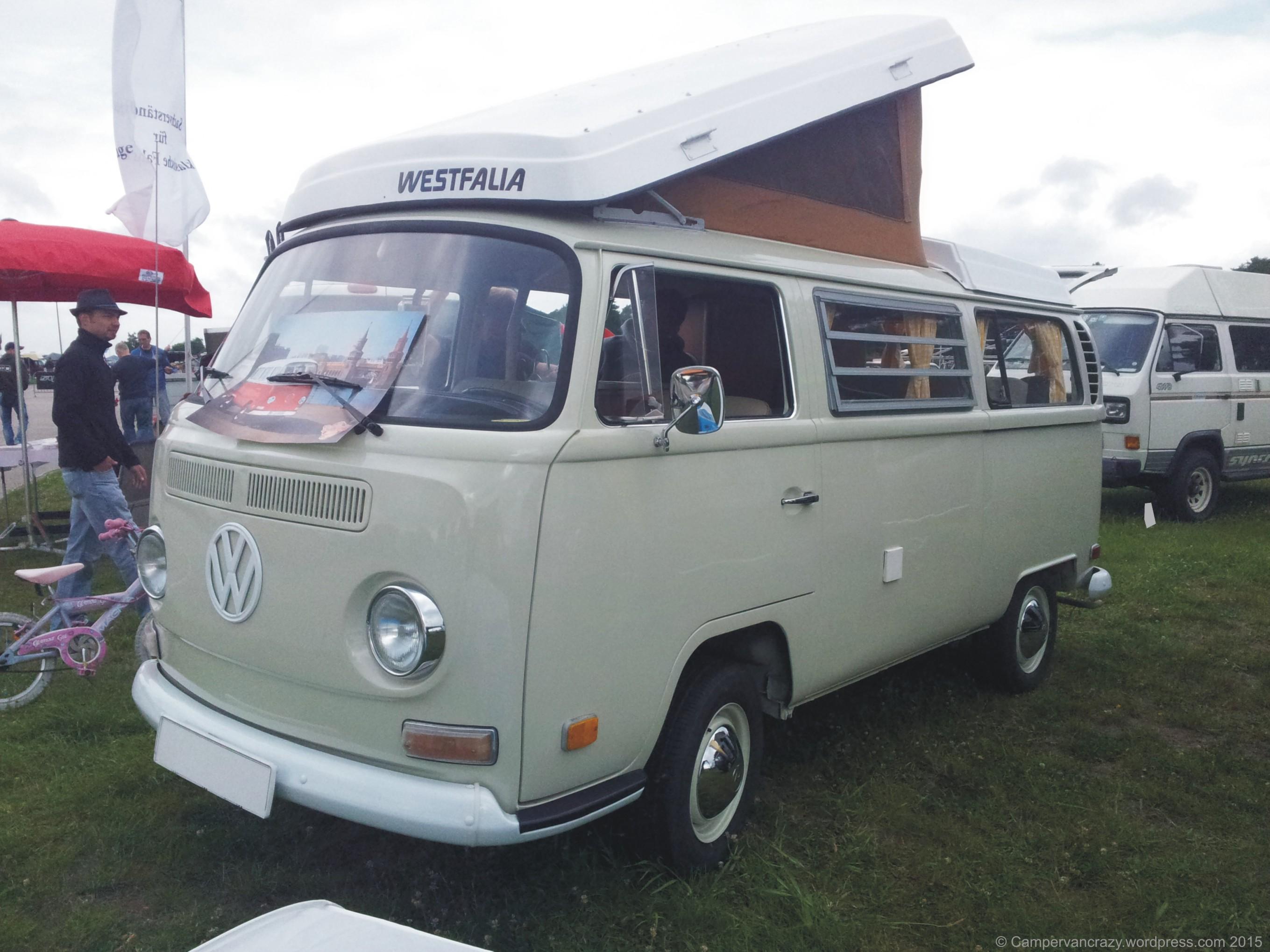 berlin vw bus festival campervan crazy