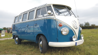T1 split window Samba bus from 1964-1967 - later winner of the show and shine competition!